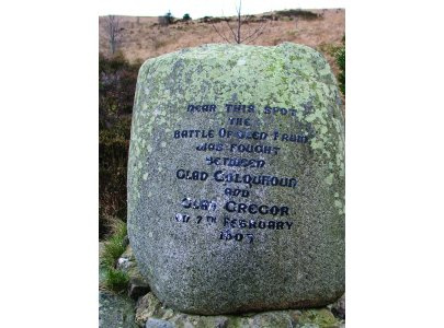 The stone commemorates the 1603 Battle of Glen Fruin between MacGregor and Colquhoun clansmen